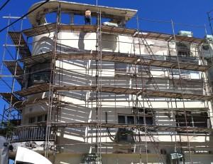 שיפוץ בניינים, עבודה בגובה